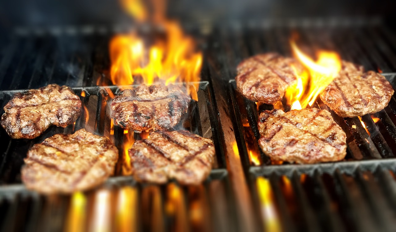 BBQ Hamburgers schaal 30 stuks BBQfriends de Geheime BBQ