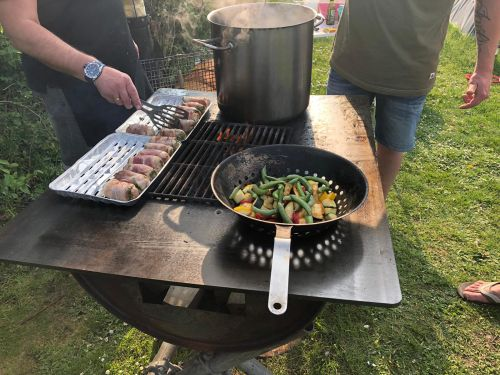 Camping Basterds – Homemade OFYR BBQ 3.0